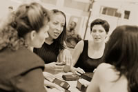 Businesswomen_in_a_meeting
